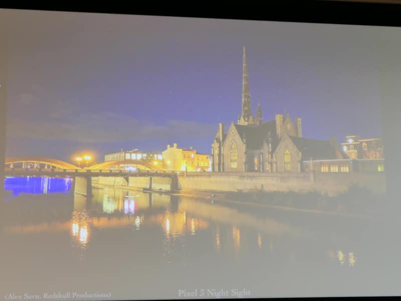 夜に撮影した写真は夜らしく再現することを目指したというPixelの夜景写真。