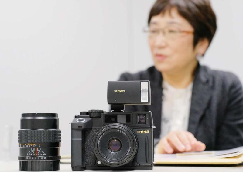 レンジファインダーカメラのブロニカRF645(2000年)