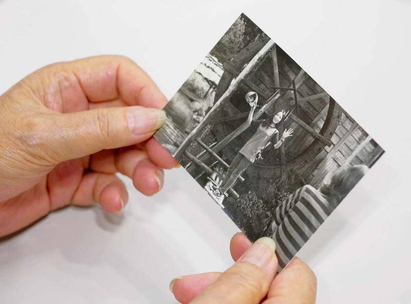 大学時代の千代田さん。肩に吊るしたカメラはミノルタSRTスーパー