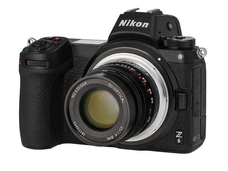 ニコンZマウントカメラへの装着例。