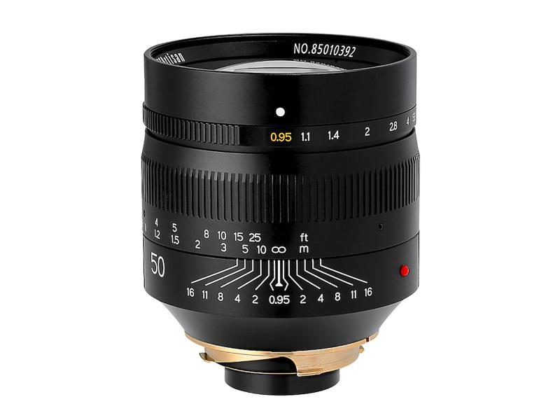 TTArtisan 50mm f/0.95 ASPH。9月1日発売。国内正規代理店の焦点工房では8万8,200円(税別)で販売されている。