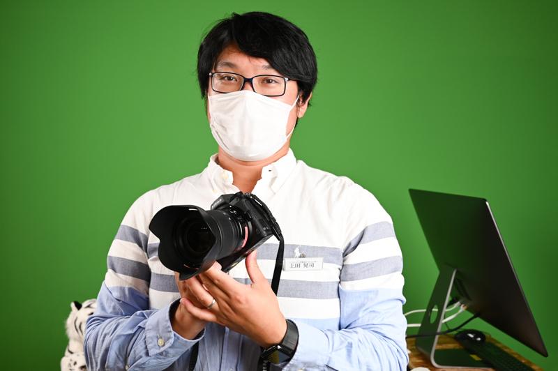 オープン初日は写真家の上田晃司さんが来場者を迎えていた。CFexpressカードについてなど、新しい規格に関する質問にも答えていた上田さん。こうした疑問点など、気になっていることを写真家に直接聞くことができるところも、あたらしい試みとなっている