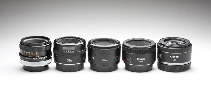 左より古い順にFD50mm F1.8 S.C.、EF50mm F1.8、EF50mm F1.8 II、EF50mm F1.8 STM、RF50mmF1.8 STM。いずれも同じような全長、最大径である。ただし、Rシリーズのカメラで使用するときはRF50mmF1.8 STM以外マウントアダプターを必要とする