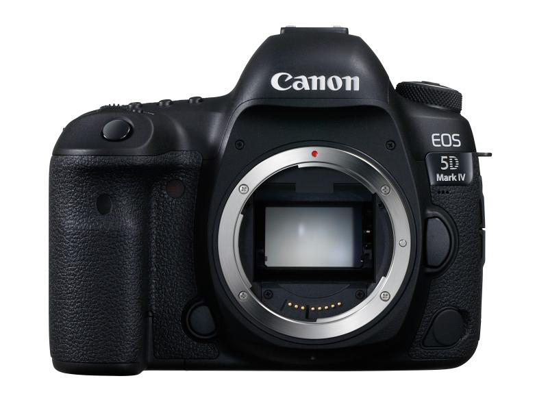 参考:35mm判フルサイズ一眼レフカメラのキヤノンEOS 5D Mark IV(約150.7×116.4×75.9mm、約890g[バッテリー+CFカード+SDメモリーカード])