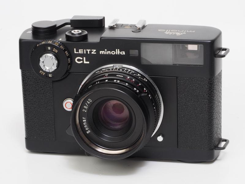 ローライ35RF用の標準レンズとして登場したゾナー40mm F2.8を装着しました。あのローライ35に搭載されたレンズをライカスクリューマウントに仕上げたものです。まるでCL向けに用意されたレンズみたいによく似合います。