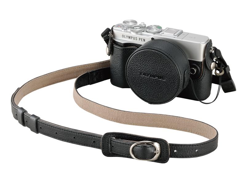ショルダーストラップ、レンズジャケットとの組み合わせ例