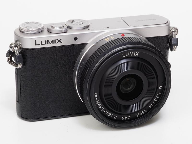 LUMIX G 14mm F2.5 ASPH.を装着すると、レンズ交換式マイクロフォーサーズ機として特性を生かし切った感あり。バランスがとてもいいですね。