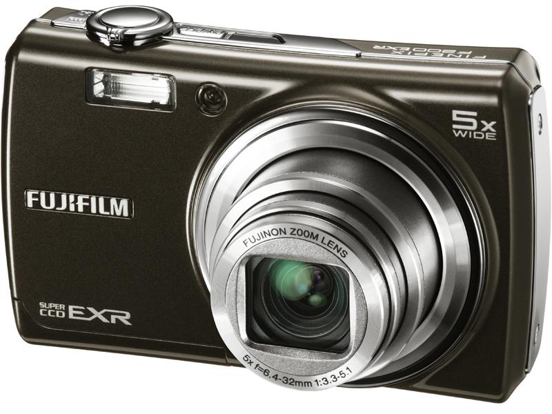 <b>FinePix F200EXR</b>