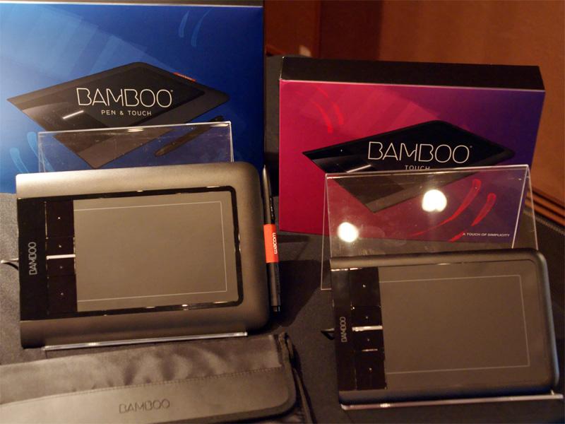 <b>Bamboo(左)とBamboo Touch(右)。Bambooにはキャリングケースが付属する</b>