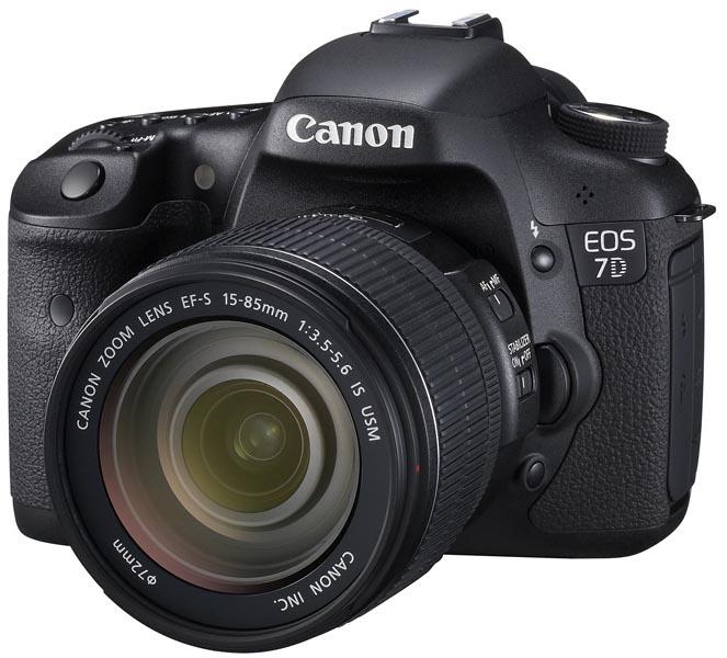 <b>EOS 7D。装着レンズは「EF-S 15-85mm F3.5-5.6 IS USM」</b>