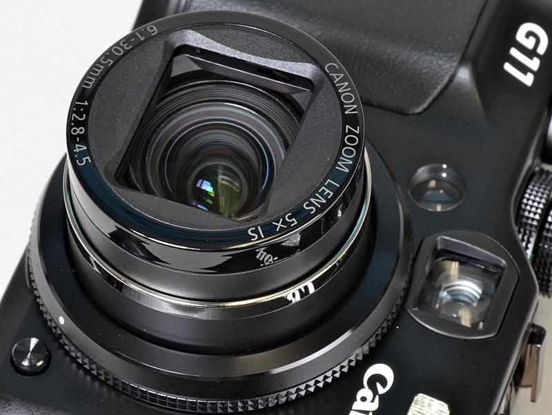 <b>レンズはPowerShot G10と同じで、35mm判換算28~140mm、F2.8~4.5の5倍ズーム</b>