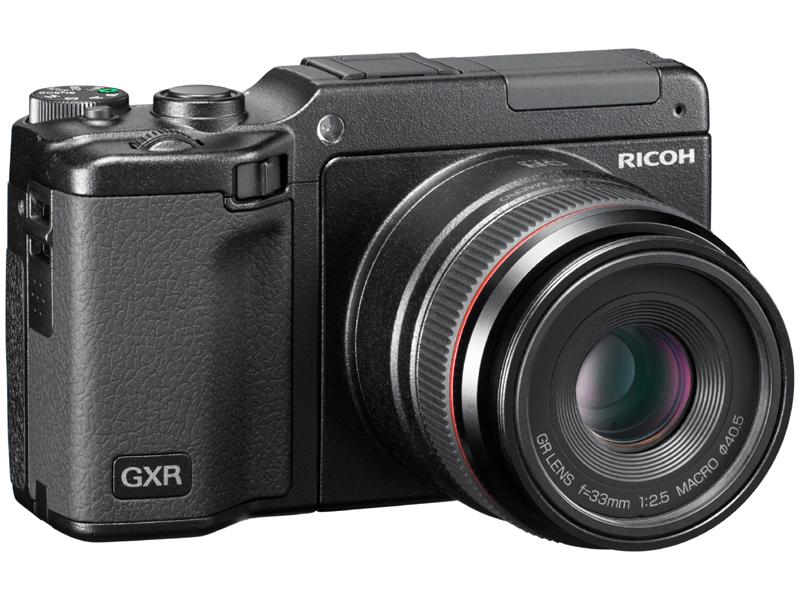 <b>GR LENS A12 50mm F2.5 Macroを装着したGXR</b>