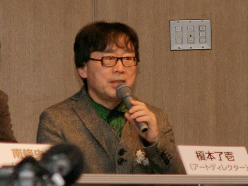 <b>杉山氏を選出した榎本了壱氏</b>