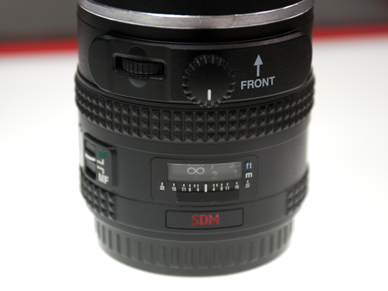 <b>参考出品の「645D用広角レンズ」</b>