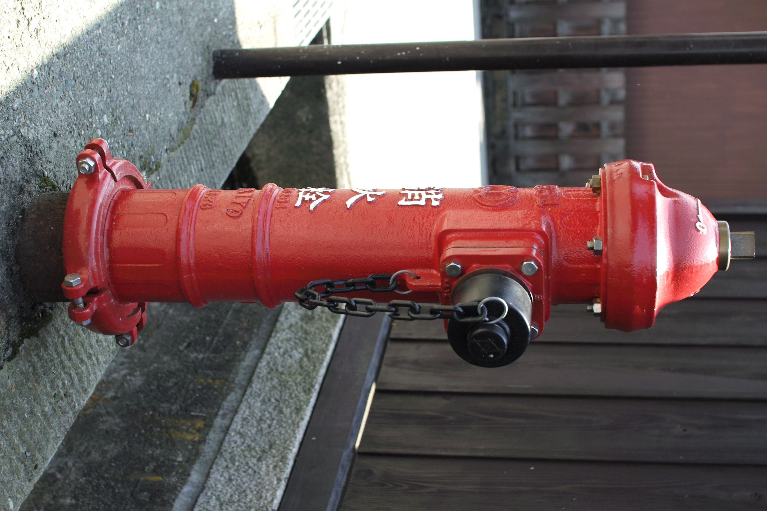 <b>SD15 / 30mm F1.4 DC HSM / 約2.4MB / 2,640×1,760 / 1/250秒 / F4 / -0.7EV / ISO100 / 30mm</b>