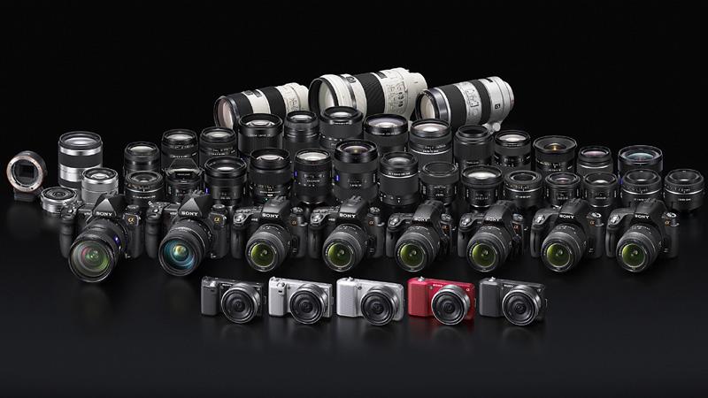 <b>欧州でのα製品群。日本未発売のα850、α500、α390、α290もラインナップしている</b>