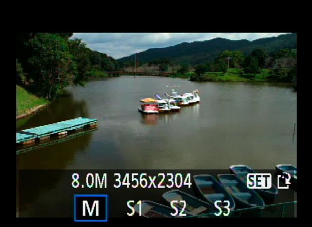 <b>撮影した画像をリサイズできる。Mサイズ(約800万画素)、S1サイズ(約450万画素)、S2サイズ(約250万画素)、S3サイズ(約30万画素)の4つから選択できる</b>