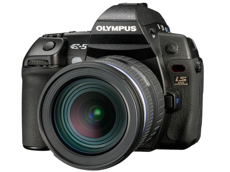 <b>オリンパスのフラッグシップデジタル一眼レフカメラ「E-5」(10月29日発売)</b>