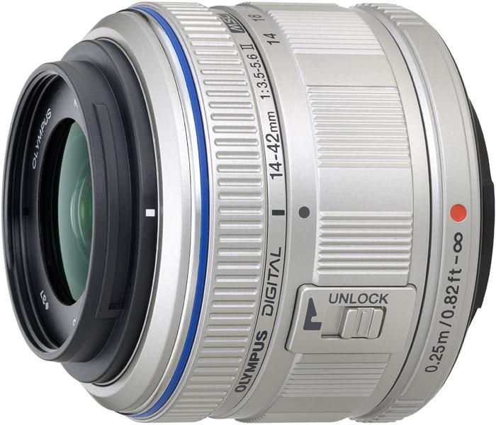 <b>マイクロフォーサーズ用最新レンズ「M.ZUIKO DIGITAL 14-42mm F3.5-5.6 II」も11月16日に発表。112gと軽量化を実現した。12月4日発売</b>