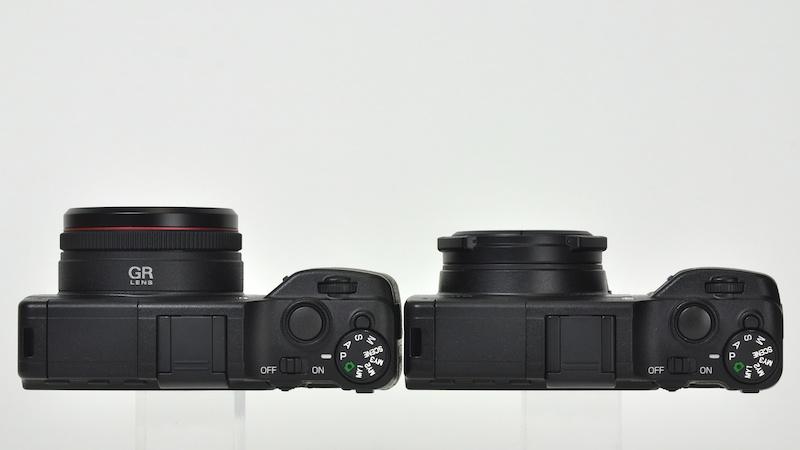 <b>RICOH LENS S10 24-72mm F2.5-4.4 VC(右)との比較</b>