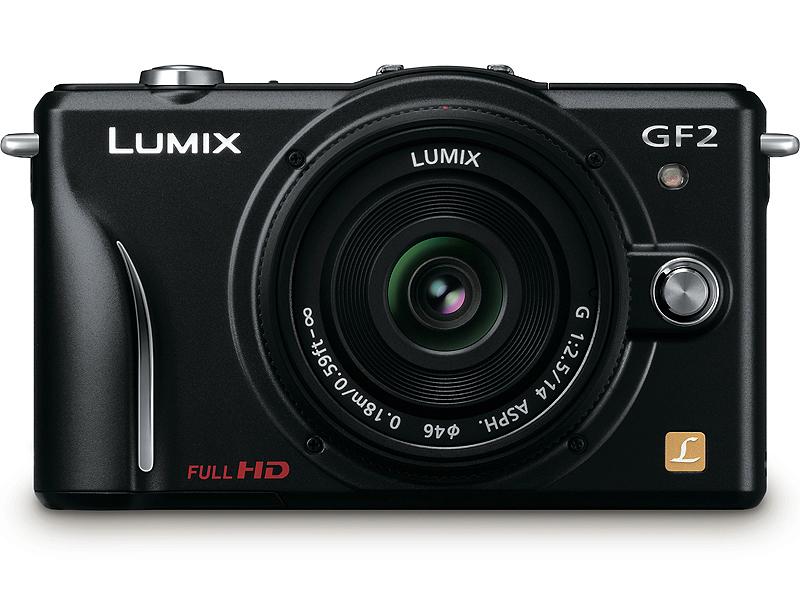 <b>LUMIX DMC-GF2(ブラック)。12月3日に発売</b>