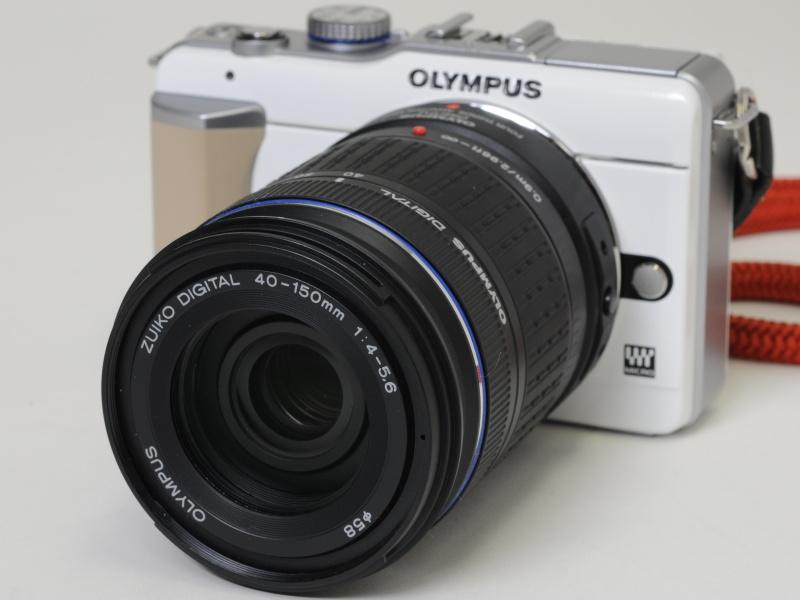 <b>ZUIKO DIGITAL ED 40-150mm F4-5.6とMMF-2を装着</b>