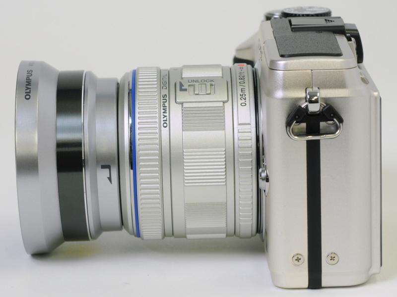 <b>ワイドコンバーター「WCON-P01」の装着例</b>