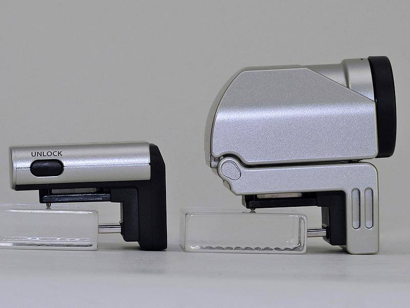 <b>外付けEVF「VF-2」(右)との比較。PENPALが比較的小さいのがわかる</b>
