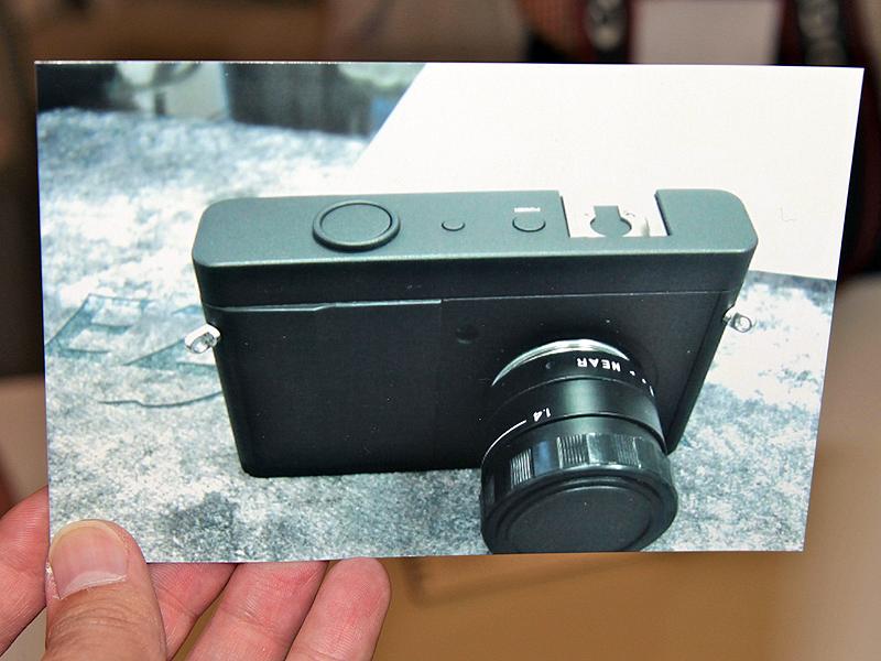 <b>Cマウントカメラ(参考出品)。写真はフォトキナ2010のもの</b>