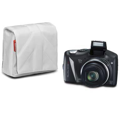 <b>STILE NANO(ナノ)カメラポーチ7型(白、1,785円)</b>