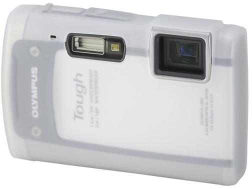 <b>オプションのシリコンカメラジャケット「CSCH-94」(3,150円)</b>