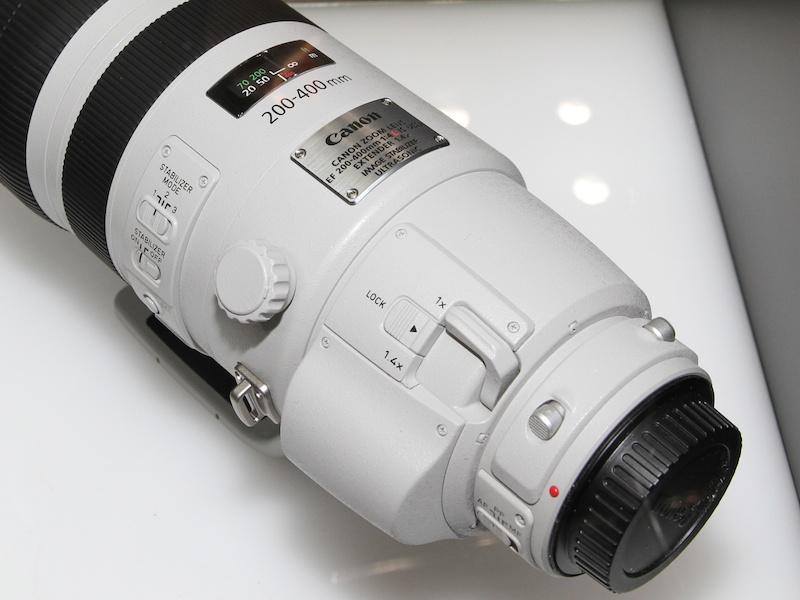 <b>参考出品の「EF 200-400mm F4 L IS USM エクステンダー1.4x」</b>