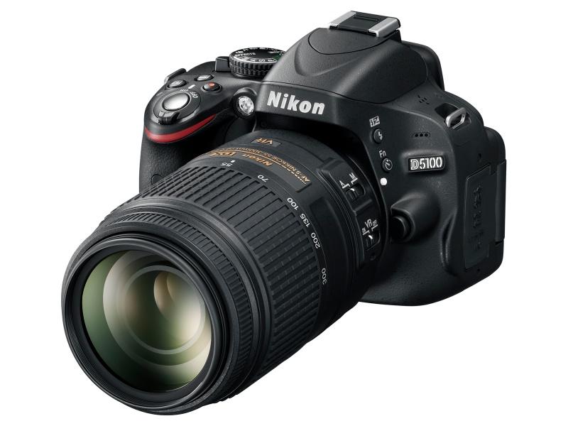 <b>AF-S DX VR Zoom Nikkor ED 55-200mm F4-5.6 G(IF)装着例</b>