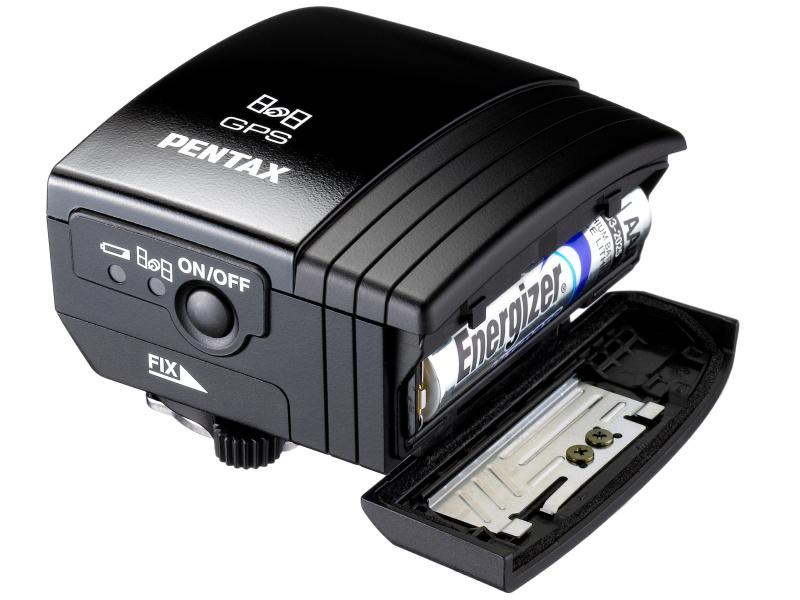 <b>単4電池で駆動するため、カメラのバッテリーを消費しない</b>