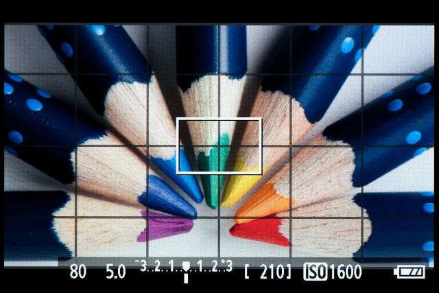 <b>【EOS Kiss X5】動画モード時の画面。ちゃんと16:9比率で表示してくれる</b>