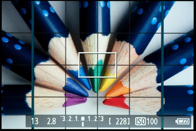 <b>【EOS Kiss X5】1:1比率の画面。左右にラインが表示されるだけだったりする</b>