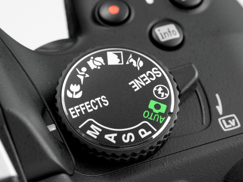 <b>【D5100】スペシャルエフェクトモード。ライブビュー時には画面上で効果を確認しながら撮れる</b>