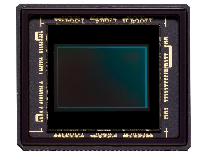 <b>スーパーハイスピードAF CMOSセンサー</b>
