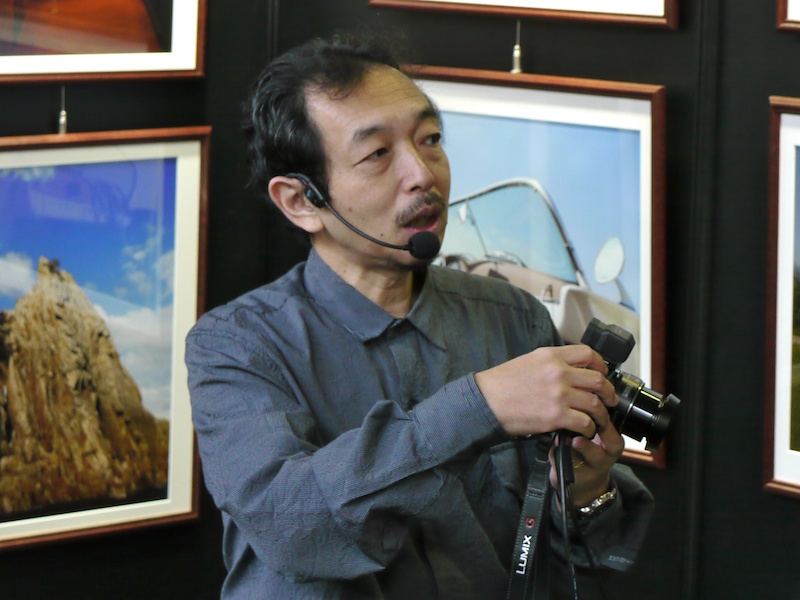 <b>写真家の森脇章彦氏による特徴紹介も行なわれた</b>