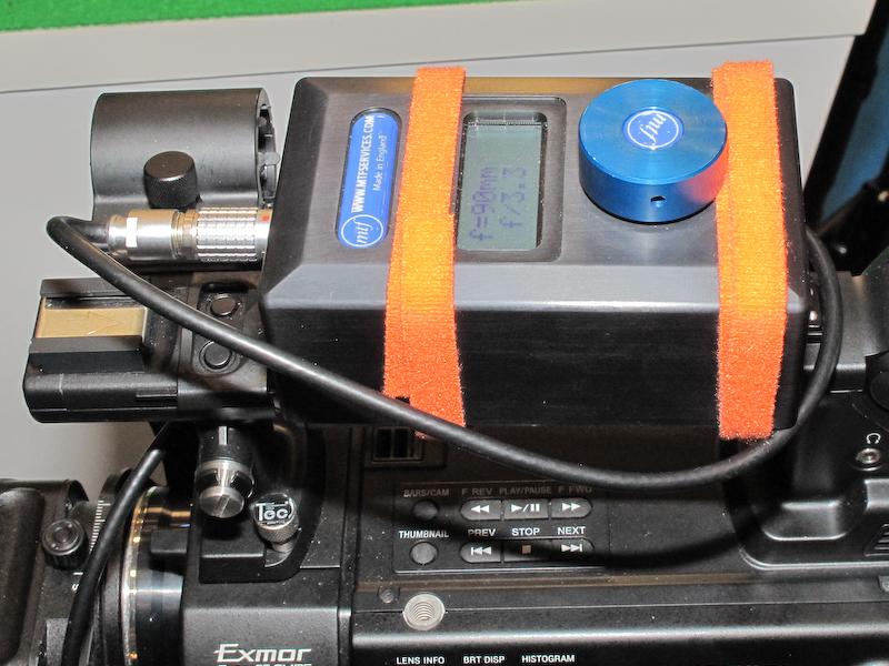 <b>コントローラー部。ダイヤルで絞りを調節する</b>