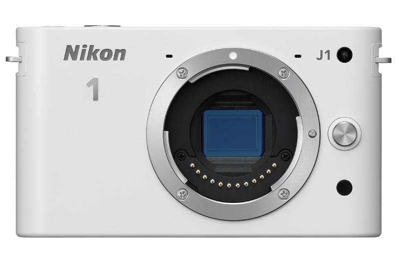 <b>ついに登場したニコンのミラーレス「Nikon 1」。左がNikon 1 V1、右がNikon 1 J1。一挙に2台を投入</b>