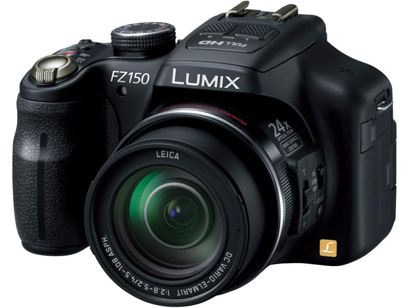 <b>LUMIX DMC-FZ150。FZ系も改良を重ね続けている息の長いシリーズだ</b>