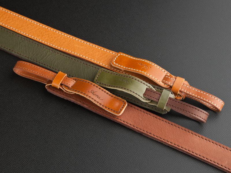 <b>カラーバリエーションは全7色をラインナップ。肩パッドなしの場合は6,405円だ</b>