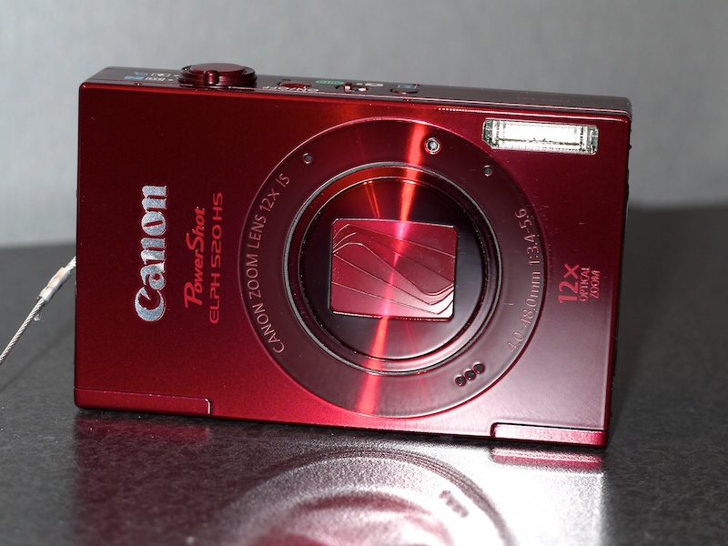 <b>PowerShot ELPH 520 HS(レッド)</b>