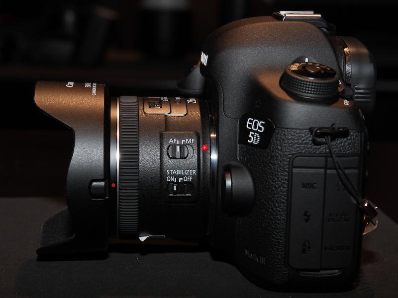 <b>EF 28mm F2.8 IS USM</b>