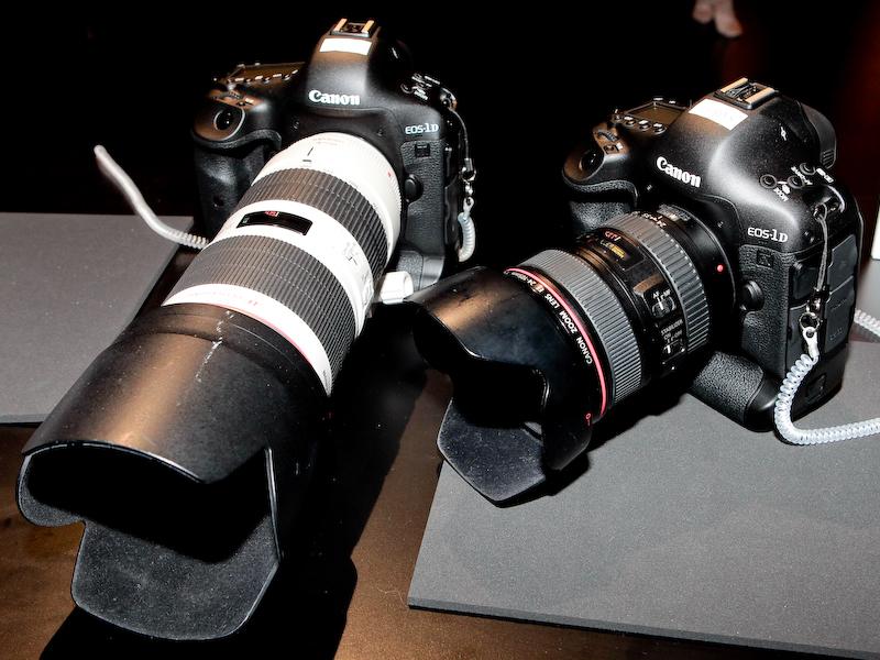<b>同コーナーにはEOS-1D Xも5台あり撮影を試せる</b>