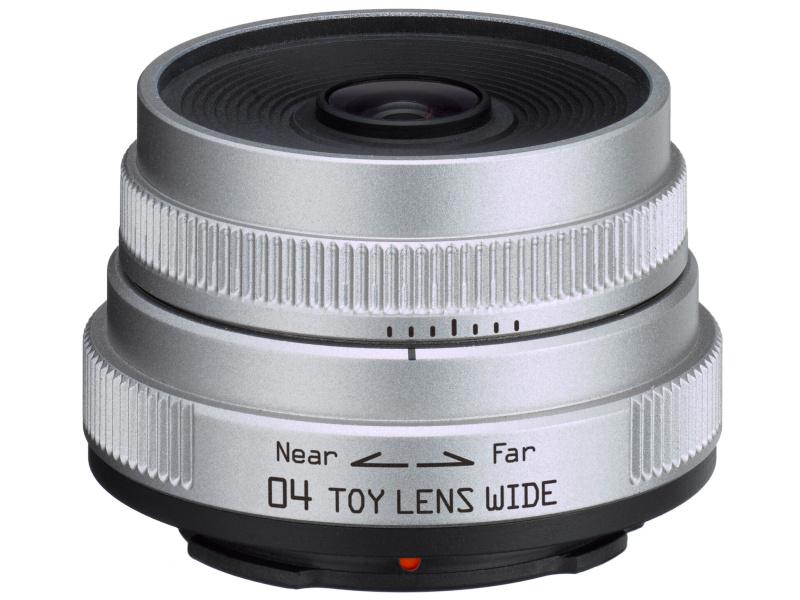 <b>PENTAX Q用には「PENTAX-04 TOY LENS WIDE」といったトイカメラのような描写が楽しめる低価格レンズをラインナップしている</b>