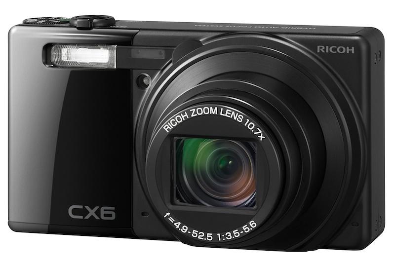 <b>CX6。発売は2011年12月。実勢価格は3万5,800円前後</b>