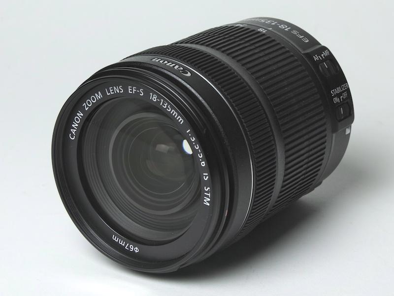 <b>EF-S 18-135mm F3.5-5.6 IS STM</b>