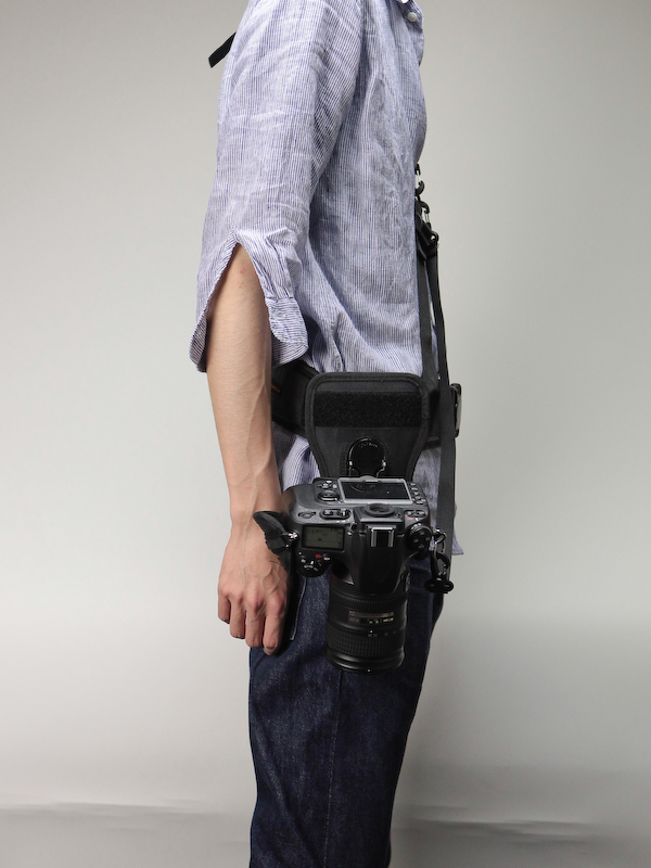 <b>カメラをアングルカメラハブで装着したところ</b>